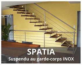 Spatia escalier suspendu métallique fabriqué par Artescaliers