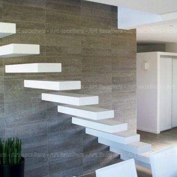 escalier_design-autoporteur_droit_bois-laque_01-artescaliers