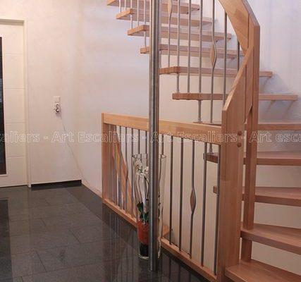 escalier_design-suspendu_1-quart-tournant_bois-hetre_ballustre-inox-artescaliers