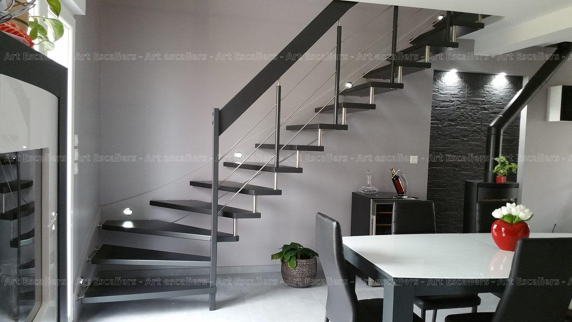 escalier design suspendu 1 quart tournant limon mural bois. Black Bedroom Furniture Sets. Home Design Ideas