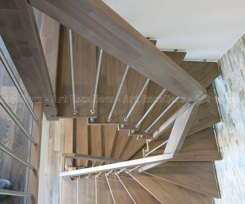 escalier_design-suspendu_2-quarts-tournant_bois-teinte_ballustre-inox-artescaliers