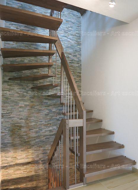 escalier_design-suspendu_2-quarts-tournant_bois-teinte_ballustre-inox_01-artescaliers