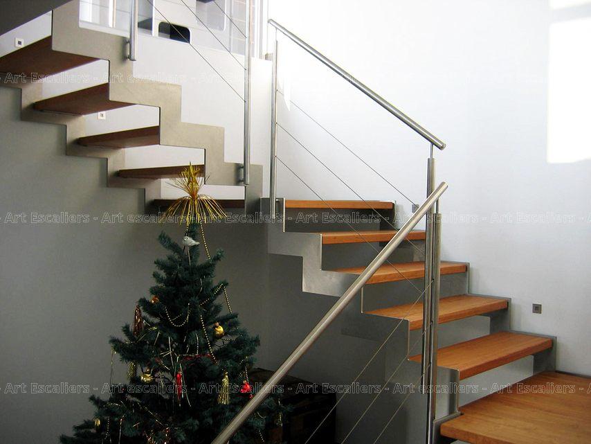 escalier limon metal 2 quarts tournants doubles paliers. Black Bedroom Furniture Sets. Home Design Ideas