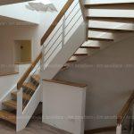 escalier_traditionnel_2-quarts-tournant_bois-laque_lisse-inox_01-artescaliers