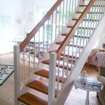 escalier_traditionnel_droit_bois-laque_ballustre-bois-artescaliers