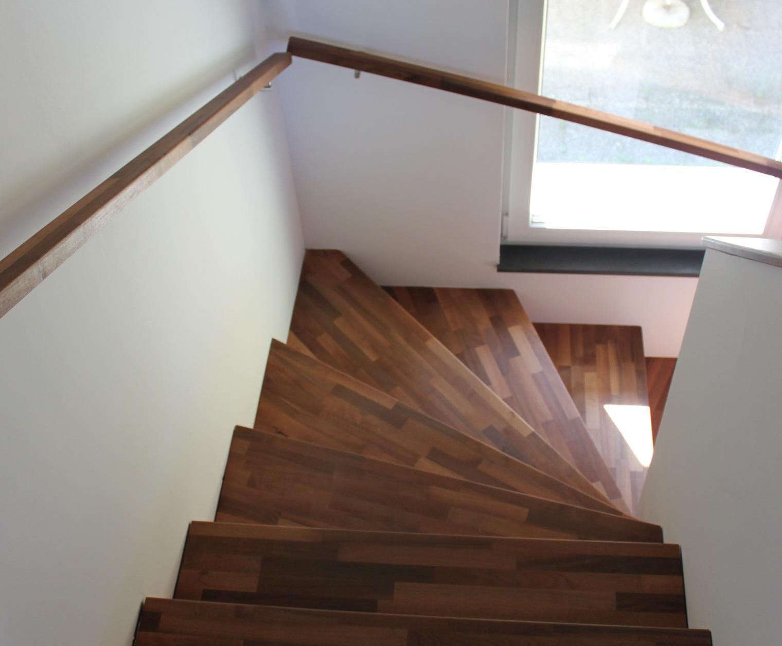 Fabricant escalier augny escalier garde corps sols for Main courante escalier exterieur