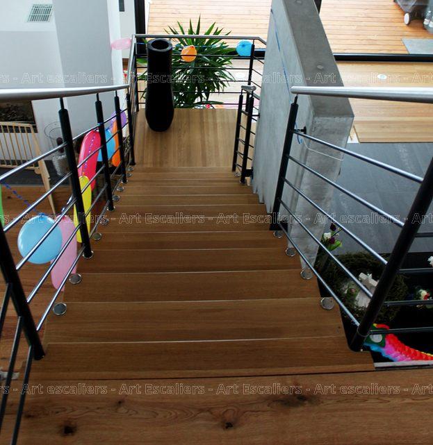 escalier design suspendu 1 quart tournant palier bois. Black Bedroom Furniture Sets. Home Design Ideas