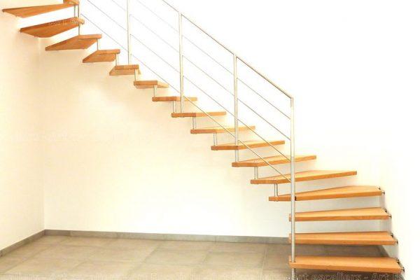 escalier_design-suspendu_2-quarts-tournants_bois-hetre_garde-corps-inox_02-artescaliers