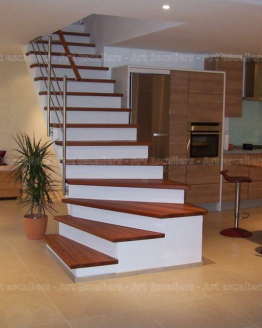 Escalier design habillage 1 quart tournant bois teinte 02 artescaliers art - Escalier design bois ...