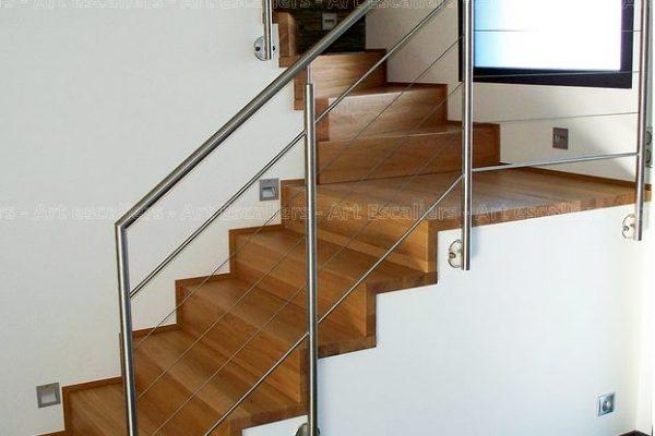 escalier_design_habillage_2-quarts-tournants_palier_bois-chene_contre-marche-artescaliers