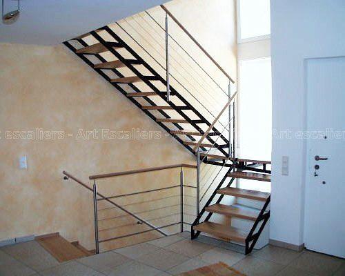 escalier_limon-metal_2-quarts-tournants_palier_acier-laque_marches-bois-hetre_garde-corps-inox_01-artescaliers