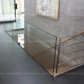 garde-corps_horizontal_tout-verre_bandeau-inox_portillon-inox-artescaliers