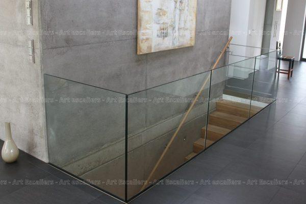 garde-corps_horizontal_tout-verre_bandeau-inox_portillon-inox_01-artescaliers