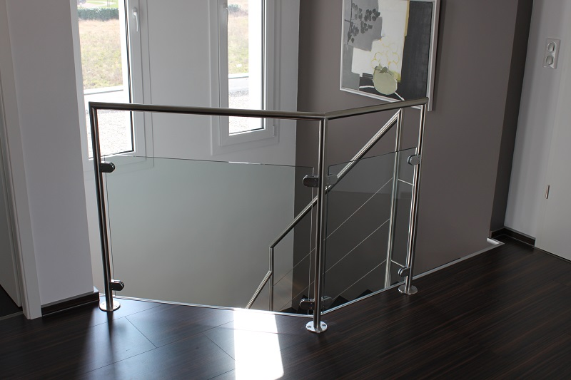 Garde corps horizontal bois m tal inox verre art escaliers - Escalier en verre prix ...