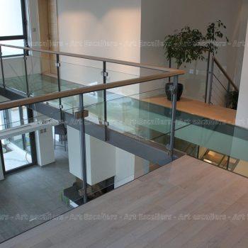 passerelle_structure-acier-laque_plancher-verre_garde-corps-acier-laque_verre_01-artescaliers