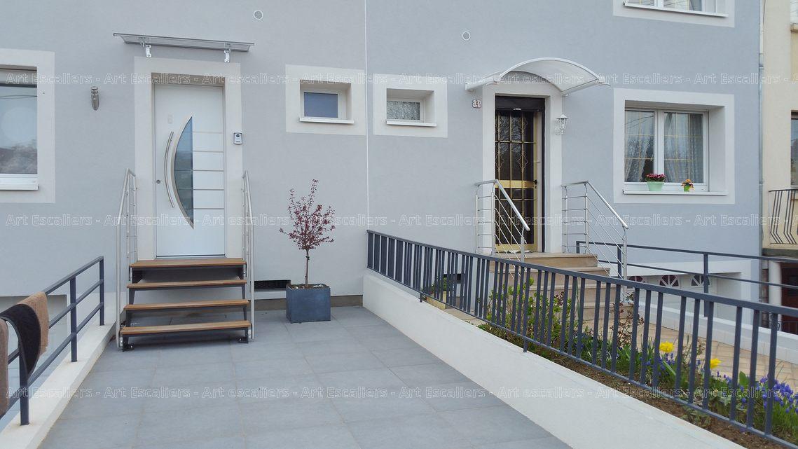 Escalier exterieur acier laque droit marche bois garde corps inox 01 artescaliers art escaliers - Escalier exterieur acier ...