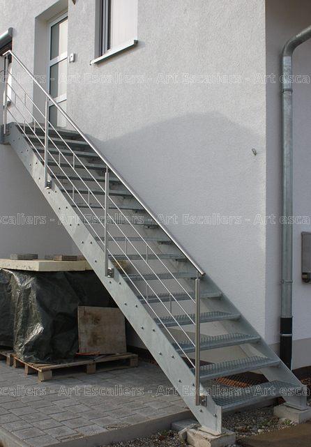 Escalier exterieur galvanise droit garde corps inox 04 for Escalier droit exterieur