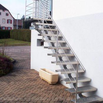 escalier_exterieur_galvanise_droit_garde-corps-inox_07-artescaliers