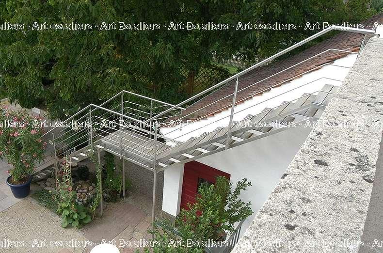 14 escalier exterieur bois inox acier caillebotis art escaliers. Black Bedroom Furniture Sets. Home Design Ideas