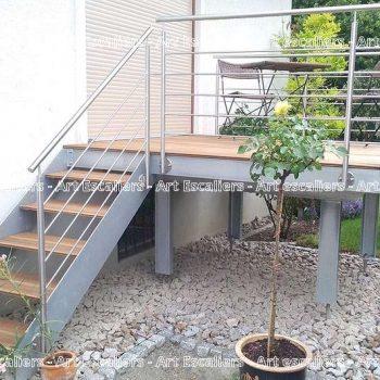 escalier exterieur bois zoom with escalier exterieur bois perfect marche exterieur bois tout. Black Bedroom Furniture Sets. Home Design Ideas