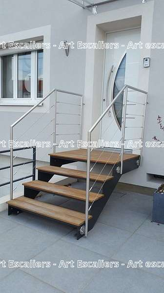 2 escalier exterieur bois inox acier caillebotis art escaliers. Black Bedroom Furniture Sets. Home Design Ideas