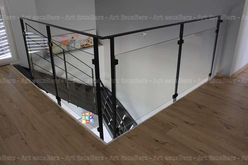 Finezza galerie photos art escaliers - Escalier alu pas cher ...