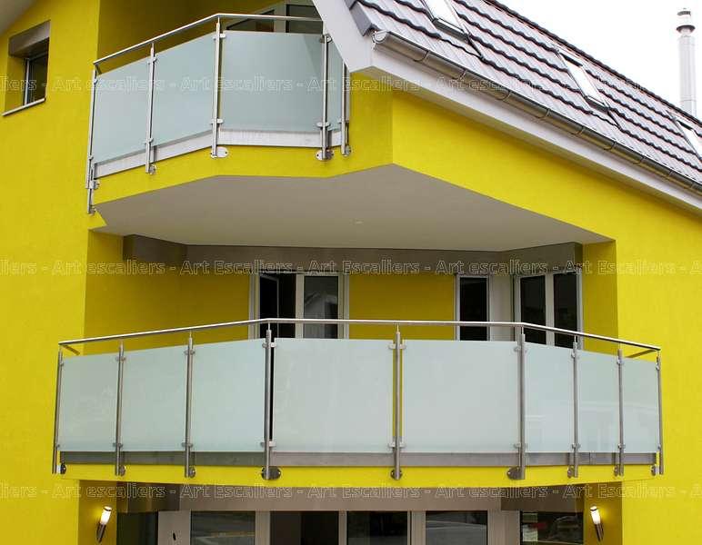 31 garde corps horizontaux exterieur bois verre inox laque acier art escaliers. Black Bedroom Furniture Sets. Home Design Ideas