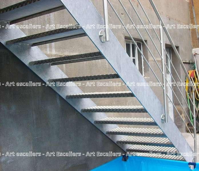 4 escalier exterieur bois inox acier caillebotis art escaliers. Black Bedroom Furniture Sets. Home Design Ideas