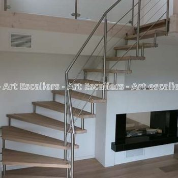 escalier-autoporteur-breuveté-bois-inox-acier-design-moderne