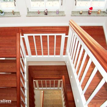 escalier-traditionnel-bois-gardecorps