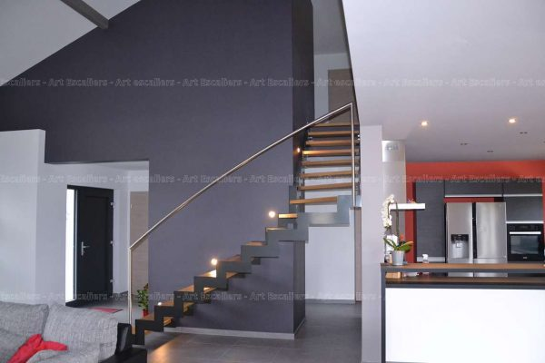 escalier-cremaillere-chantier-fera-niedervisse-02-artescaliers_escalier-sol-portes-garde-corps