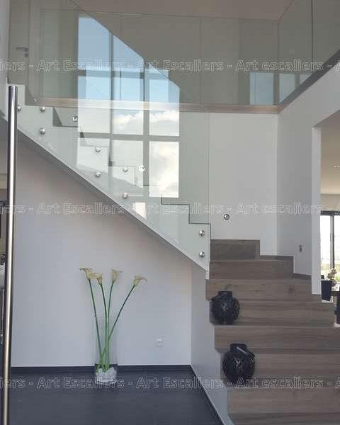 garde-corps-verre-plein_escalier-beton-01-artescaliers_escalier-sol-portes-garde-corps
