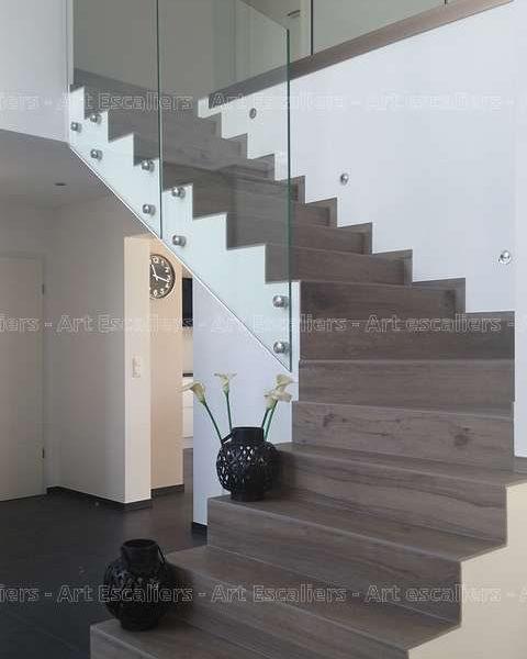garde-corps-verre-plein_escalier-beton-02-artescaliers_escalier-sol-portes-garde-corps