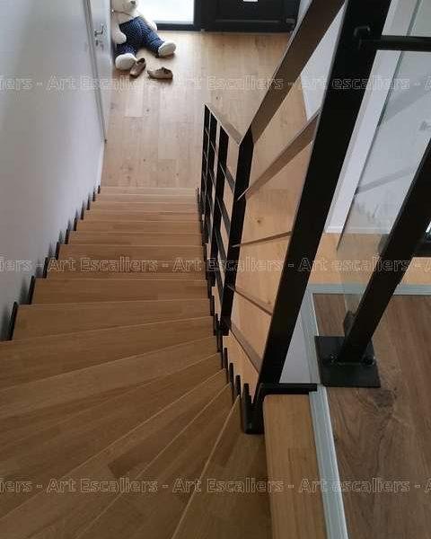photos-escalier-cremaillere-metal-buhr-tressange-02-artescaliers_escalier-sol-portes-garde-corps