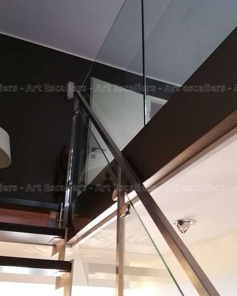 escalier-cremaillere-metal_garde-corps_verre-a-niedervisse-04-artescaliers_escalier-sol-portes-garde-corps