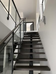 Escalier Limon central Belfort 90