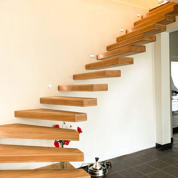 escalier-autoporteur-bois-chene