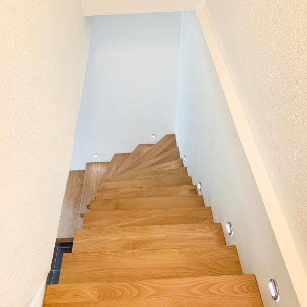 escalier-autoporteur-bois-flottant