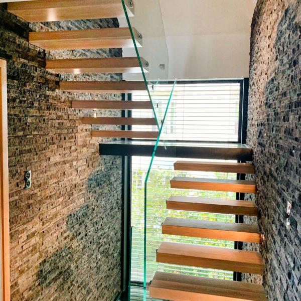 escaliers-autoporteur-moderne-chene-strasbourg