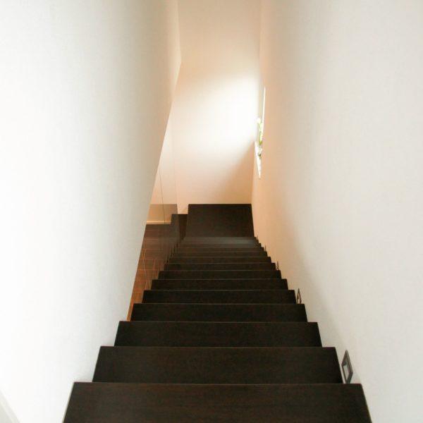 Escalier suspendu design Kwadra