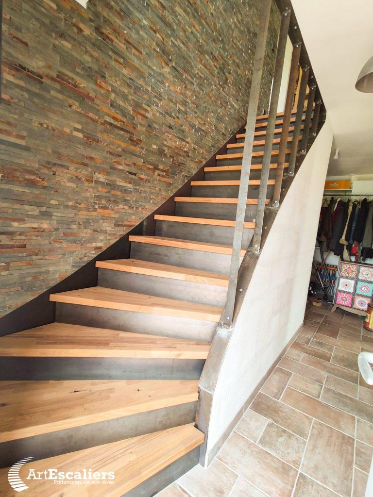 escalier-industriel-acier-brut